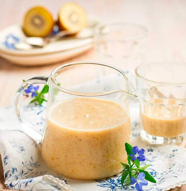 21_kiwi-apricot--oatmilk-smoothie.jpg