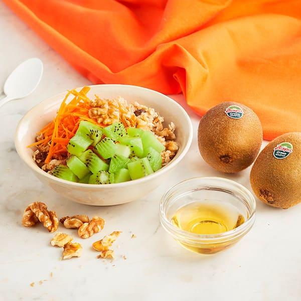 Kiwifruit-carrot-cake-spiced-oatmeal.jpg