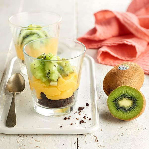 Lime-and-kiwifruit-custard.jpg