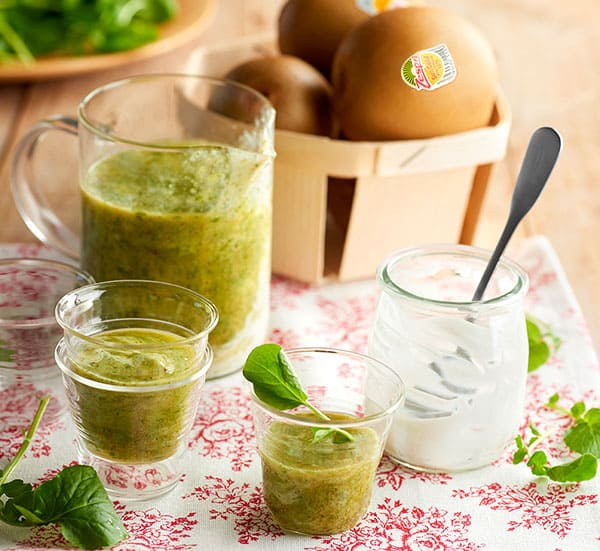 week48_detox_kiwifruit_smoothie-(2).jpg